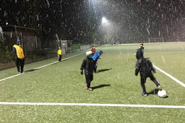 Training der F1-Jugend im Schnee. - Foto: jede.
