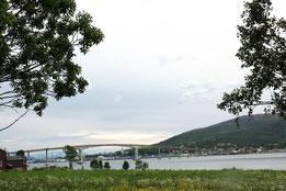 """Blick auf Sortland, die """"Blaue Stadt"""""""