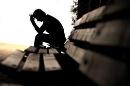 Depressionen: Auch ein defekter Darm ist Mitursache Eine ungesunde Ernährung führt auch zu einer gestörten Darmflora. Die so genannte Dysbakterie entwickelt sich durch ein Zuviel an tierischen Eiweissen, raffiniertem Zucker und Weissmehlprodukten.