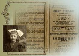 Oude reispas van een meisje onder wereldoorlog II.