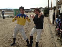 尾島徹騎手11と佐藤友則騎手00
