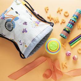 Mi mochila de tela para el cole es de Mariposa Pititico