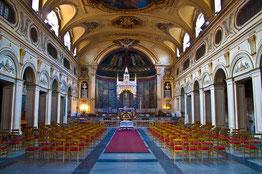 Interior de la Basílica de Santa Cecilia