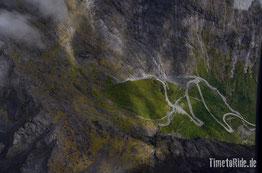 Neuseeland - Motorrad - Reise - Straße zum Milford Sound - Vogelperspektive - Hubschrauberflug