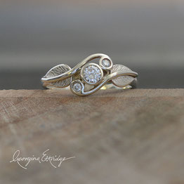 Alder Leaves Ring & Twirling Leaves Trilogy Ring Diamonds