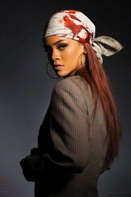 Rihanna Foulard Soie