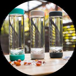 Vita Juwel Inu! Glasflaschen mit Edelsteinmischung