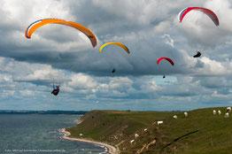 Paraglider bei Ales Stenar