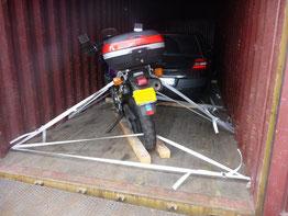 Transport de moto à nu dans un conteneur pour la Réunion, avec Long-Cours
