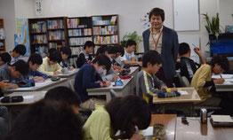 河原塾名古屋校の子どもたち。トークライブ授業にて