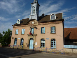 Mairie d'Issnas (25)