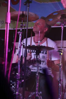 Peter Kahmann - drummer van UnXpctd