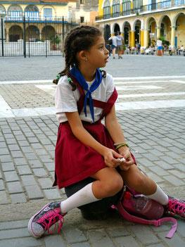 Schuluniform ist in Kuba Pflicht