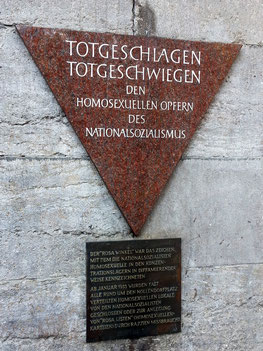 Gedenktafel am U-Bahnhof Nollendorfplatz