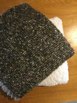 Plaid mohair tissé et coussin fil fourrure tricoté