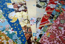 Chiyogami - papier dont les motifs, souvent simples, ont été élaborés au 17e siècle