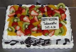ウエディングケーキ(音符)