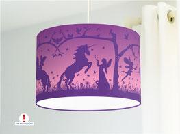 Lampe fürs Kinderzimmer und Mädchen mit Einhörnern und Elfen in Lila aus Baumwolle