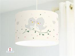 Lampe für Babys und Kinderzimmer mit Vögeln in hellem Beige aus Bio-Baumwolle