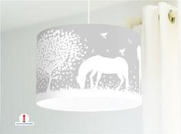 Deckenlampe für Mädchen mit Pferden in Grau aus Baumwollstoff