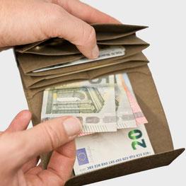 Mini Portemonnaie braun schwarz Handarbeit made in Germany nachhaltig