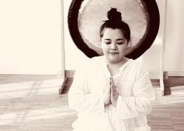 Frau in Medititation