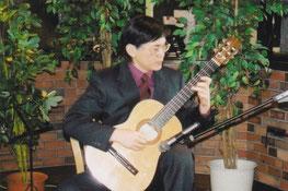 高岡誠(クラシック・ギター独奏)