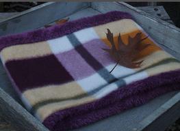 Hundeschal Fleece mit lila Karomuster