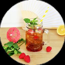 Bild: Einfaches Rezept für eine Kaffee Limonade - So einfach eine fruchtige Limo mit Kaffe für den Sommer, eine Sommerparty, die Grillparty, einen JGA oder jeden anderen Anlass als alkoholfreien Cocktail mixen // gefunden auf www.partystories.de