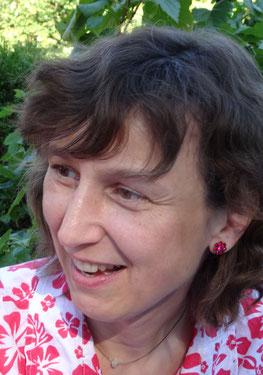 Das Bild zeigt die Übersetzerin Heide Horn.
