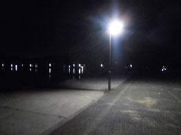 漁港の常夜灯の写真