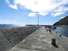 室津下漁港 の写真