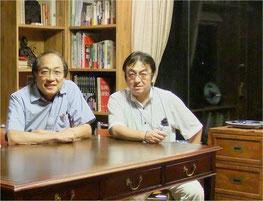 所源亮さん(左)とわたし。所さんの岐阜のご実家にて。
