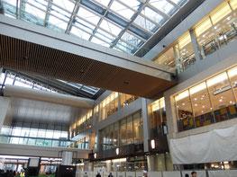 仙台駅東西自由通路も出来てきました。