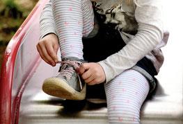 Wiederaufnahme der Kindertagesbetreuung (Bild von congerdesign auf Pixabay)