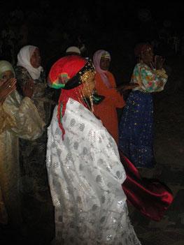 Fête à l'occasion d'un mariage dans la région de Ouarzazate