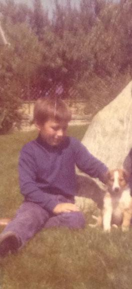 Bild (1970):  Jochen mit 1. Hund