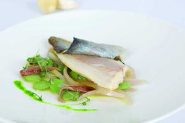 Forellenfilet auf mediterranem Gemüse Rezepte aus Südtirol Gourmet Südtirol