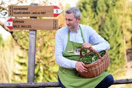 Kräuterwanderung-Restaurant-Apollonia-Ristorante-Sirmian-Sirmiano-Nals-Nalles-Gourmet-Südtirol