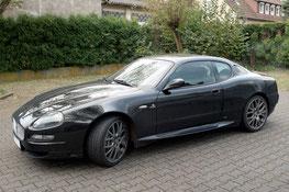 Maserati mit Calrion Navigation und Focal Hifi Aussenansicht