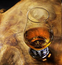 Whiskyglas, Nosing Glas, Whisky Tasting, Malt Whisky, Single Mal, Scotch
