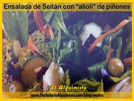 Ensalada de seitán con alioli de piñones - Herbolario Alquimista Arrecife Lanzarote
