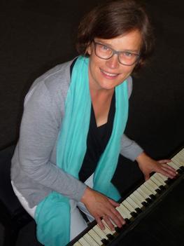 Klavierlehrerin Raphaela Merz