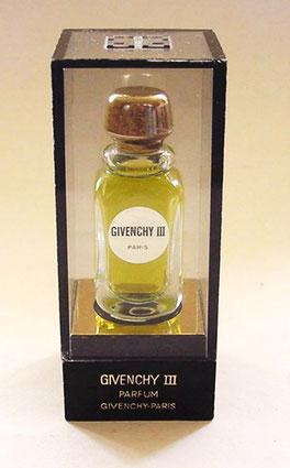 GIVENCHY III - PARFUM - PRESENTATION  SOUS BOÎTE PLASTIQUE TRANSPARENT
