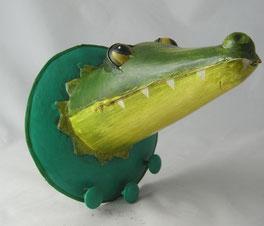 blechkrokodil,trophäe krokodil,blechtrophäe,krokodilkopf,pape kunstgewerbe,kubicat,kunst erftstadt,garderobenhaken krokodil,