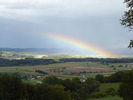 Regenbogen über dem Hegau