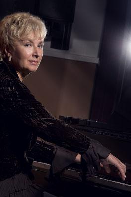 Elena Tomilova - Pianistin, Korrepetitorin