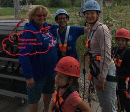 Der Kinderschutzbund Laupheim war mit 22 Kindern beim Klettern - Engagement macht stark und Spaß!