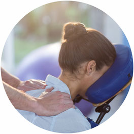 Physiotherapie, Arbeitsplatz, Massage, Betriebliche Gesundheitsförderung
