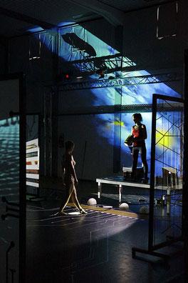 Katrin Leitner, Kunst, Performance, Inszinierung, multimediale Installation, Kunst und zeitgenössischer Tanz, virtuall reality, Digitalisierung, augmented Reality,Video,